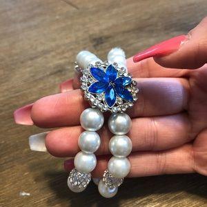 Jewelry - Classy bracelets